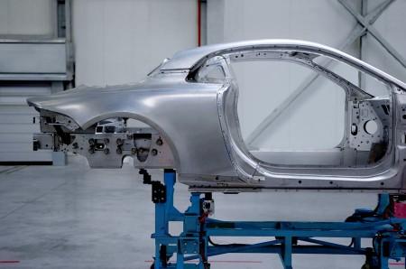 Alpine revela las imágenes de la carrocería y paneles de aluminio del AS1