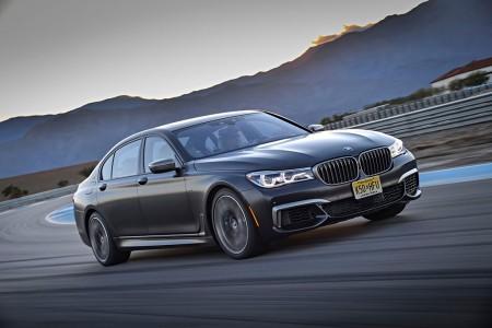 BMW M760Li xDrive 2017: deportividad, exclusividad y mucho confort