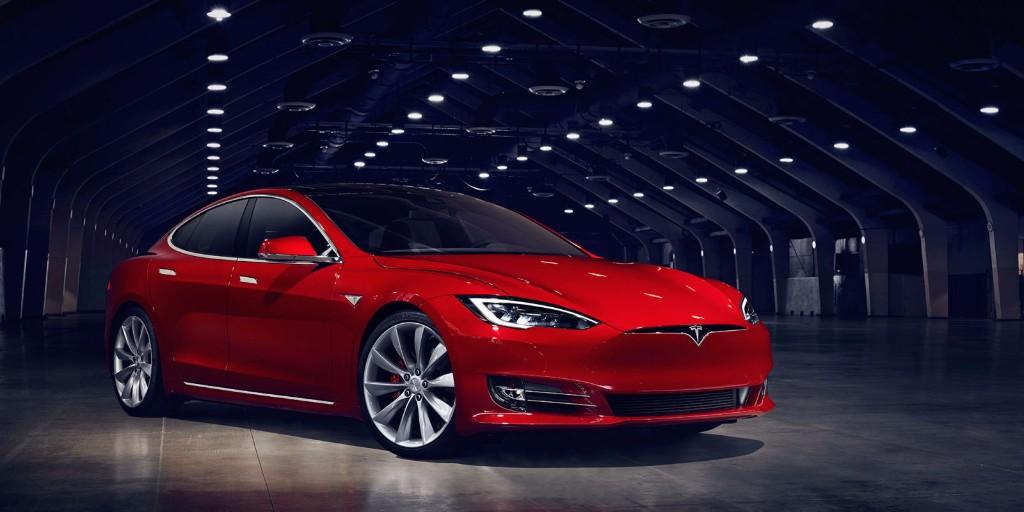La nueva promesa de Elon Musk: De 0 a 100 en 2,34 segundos con un Tesla