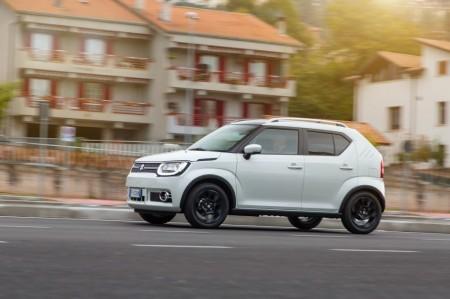Italia - Febrero 2017: El Suzuki Ignis se hace querer