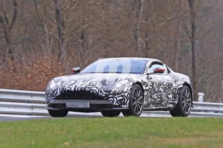 Aston Martin Vantage V8 2018: el nuevo V8 regresa al Nürburgring