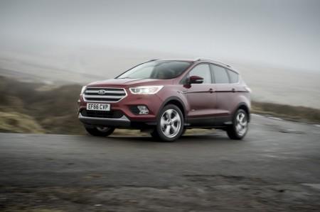 Reino Unido - Marzo 2017: El Ford Kuga entra en el Top 10