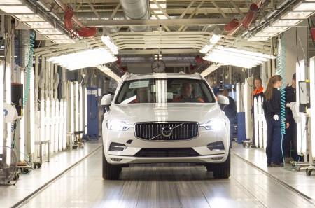 La producción del Volvo XC60 2017 ya se ha iniciado en Suecia