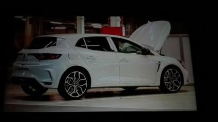 Renault Mégane R.S. 2018: nueva filtración nos muestra su habitáculo por primera vez