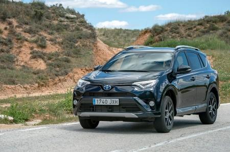 Toyota RAV4 Hybrid Feel! Edition: más equipamiento y tracción total