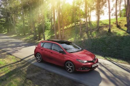 Toyota Auris Bi-tono: más personalización y el equipamiento del acabado Feel!