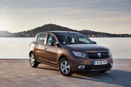 Italia - Mayo 2017: Dacia entra en el Top 10