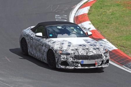 El BMW Z5 Roadster 2018 se deja ver en Nürburgring con menos camuflaje