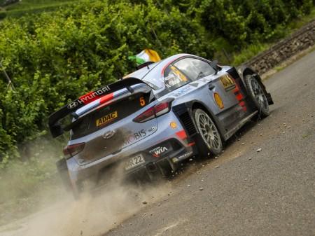El Hyundai i20 WRC aún recibirá novedades en 2017