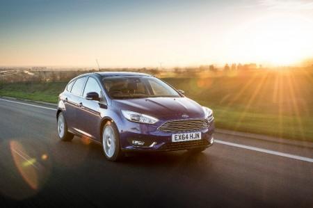 Reino Unido - Julio 2017: El Ford Focus lidera el mercado 53 meses después
