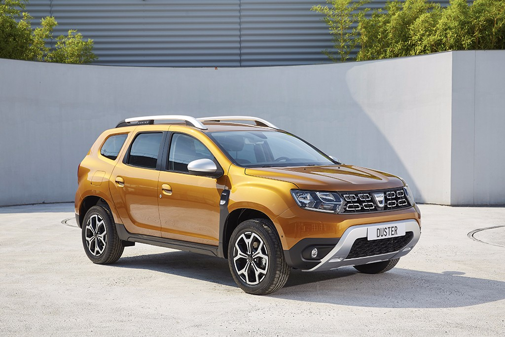 dacia duster 2018 m s tecnol gico y con tracci n 4x4 mejorada. Black Bedroom Furniture Sets. Home Design Ideas