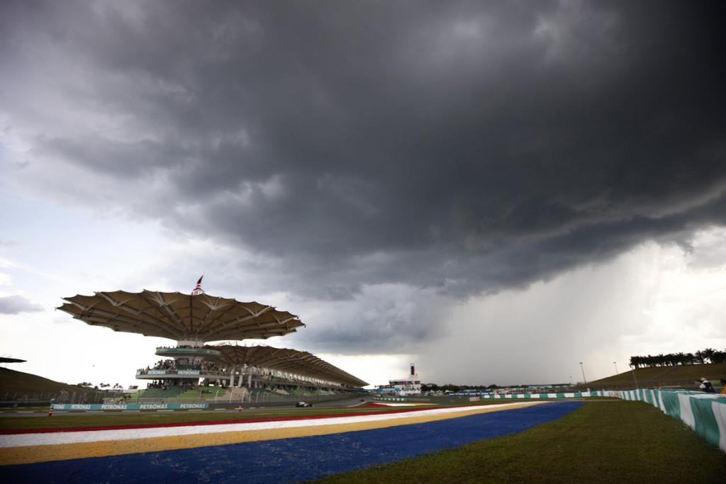 | F1 17 T.XX | Sanciones Gran Premio de Malasia Directo-f1-malasia-libres-gp-entrenamientos-sepang-2017_1