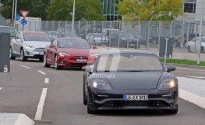 El futuro Porsche Mission E se ofrecerá con tres niveles de potencia