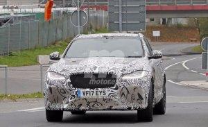 El nuevo Jaguar F-Pace SVR se pasea por los alrededores de Nürburgring