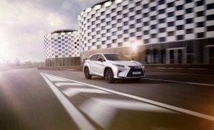 Lexus mejora la oferta de su SUV más grande con el acabado RX Sport