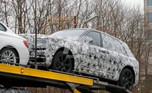 El Rolls-Royce Cullinan 2019 ya muestra sus ópticas traseras