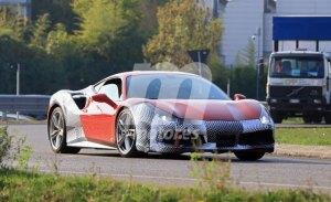 Ferrari 488 GTO: en pruebas con elementos de su diseño definitivo
