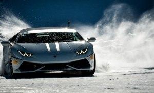 Espectaculares imágenes de la Lamborghini Winter Academy en vídeo