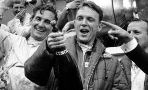 La leyenda del automovilismo Dan Gurney muere a los 86 años