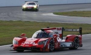 Cadillac también manda en la noche de Daytona, Alonso progresa