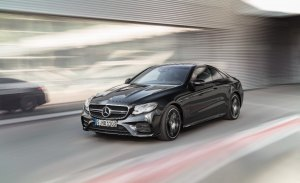 Mercedes presenta en Detroit los nuevos AMG E 53 4Matic + Coupé y Cabrio