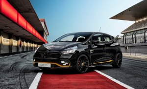 El nuevo Renault Clio R.S. 18 se presenta ante los entusiastas de la Fórmula 1
