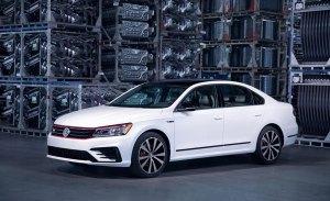 Volkswagen Passat GT 2018: la berlina recibe un toque de picante