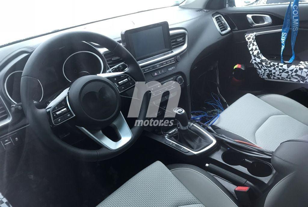Un vistazo al interior del Kia Cee'd 2018 antes de su ...