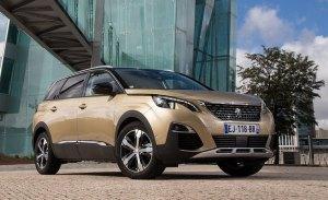 La gama del nuevo Peugeot 5008 estrena versiones con cambio automático