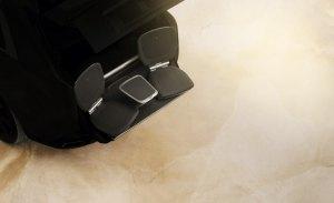 El nuevo Rolls-Royce Cullinan contará con dos asientos exteriores para un lujoso pícnic