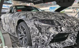 El Toyota Supra muestra sus primeros rasgos al perder camuflaje