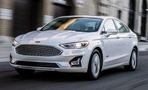 Ford adelanta el actualizado Fusion 2019 con sistema Co-Pilot360