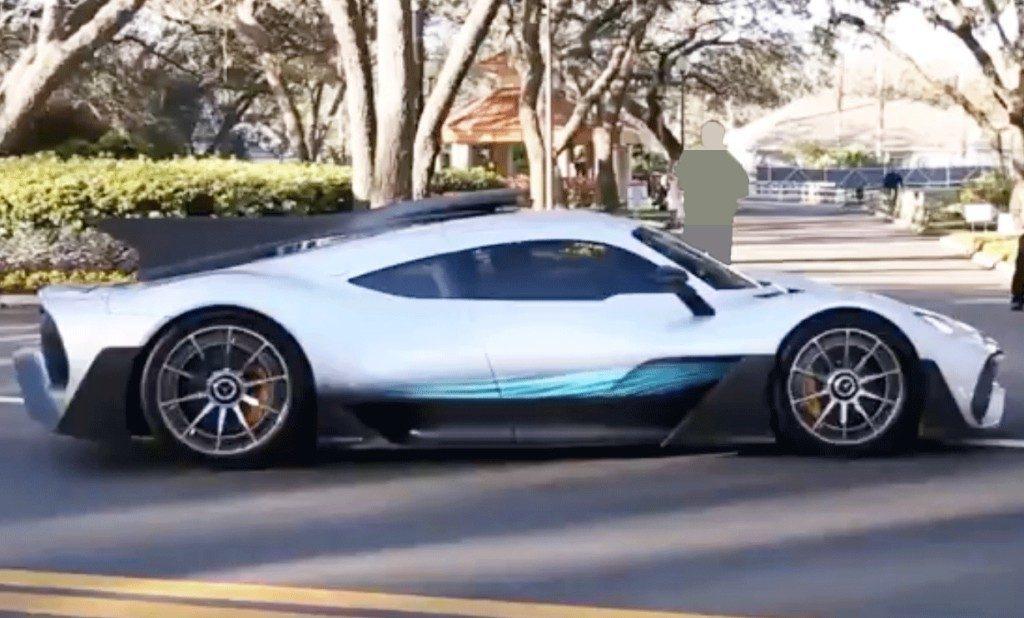 El superdeportivo mercedes amg project one grabado en for Mercedes benz project one