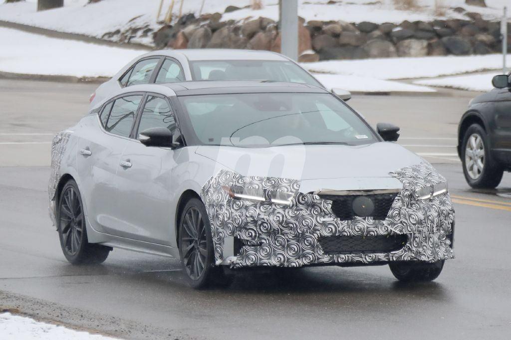 Primeras fotos espía de la actualización que Nissan ...