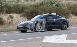 El esperado Porsche Mission E continúa con su desarrollo en el sur de Europa