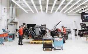 Porsche desvela unas pocas imágenes del Mission E a modo de teaser