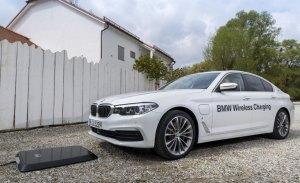 BMW comienza la producción del dispositivo de carga inalámbrica para el 530e iPerfomance
