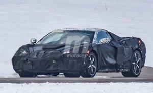 Chevrolet ha mostrado las primeras fotos del Corvette C8 a sus distribuidores