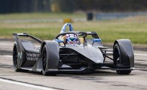 Debut del BMW iFE.18, el primer Fórmula E de BMW