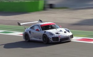 El misterioso Porsche 911 GT2 RS con alerón GT3 Cup cazado de nuevo