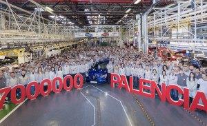 Renault produce el vehículo 7 millones en su factoría de Palencia
