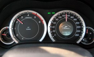 Hasta que no haya modo 5 de conducción autónoma, manos al volante, ojos a la carretera