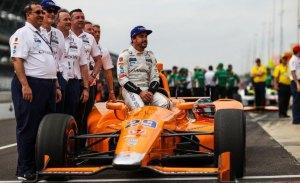 """Alonso """"echa de menos"""" las 500 millas de Indianápolis"""