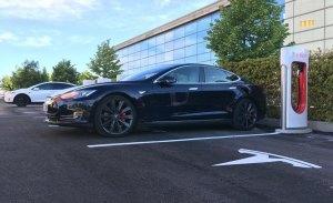 Tesla sigue expandiendo su red de Supercargadores en España