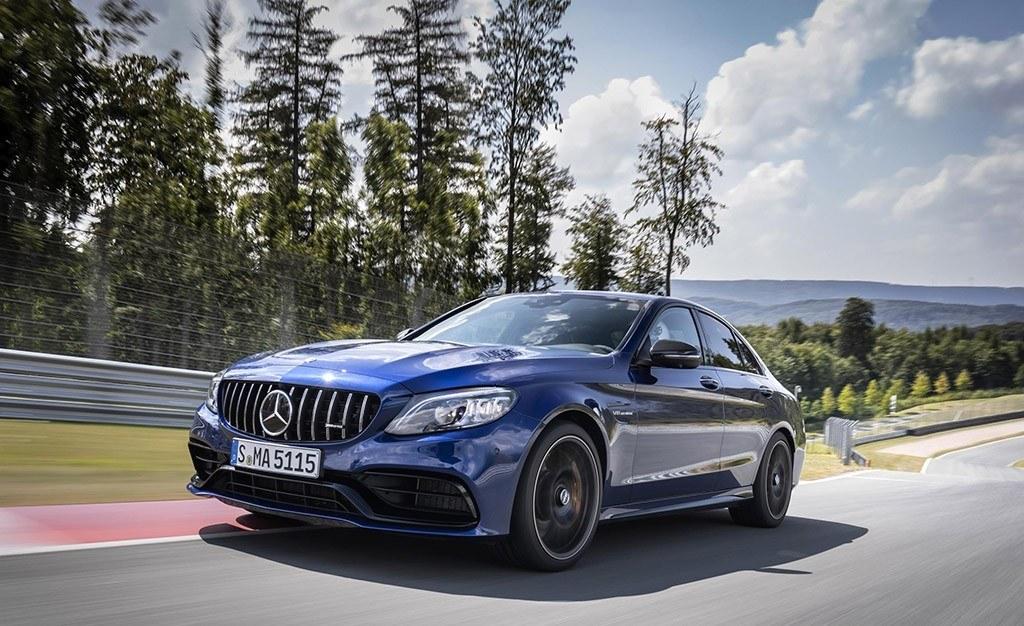Mercedes amg c 63 2019 nueva imagen habit culo moderno y for Lo mas moderno en banos