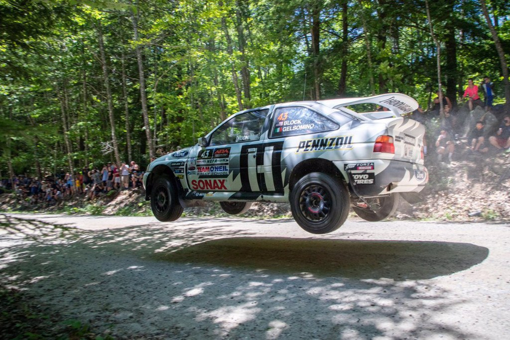 barbacoa de ford escort rs cosworth al estilo ken block