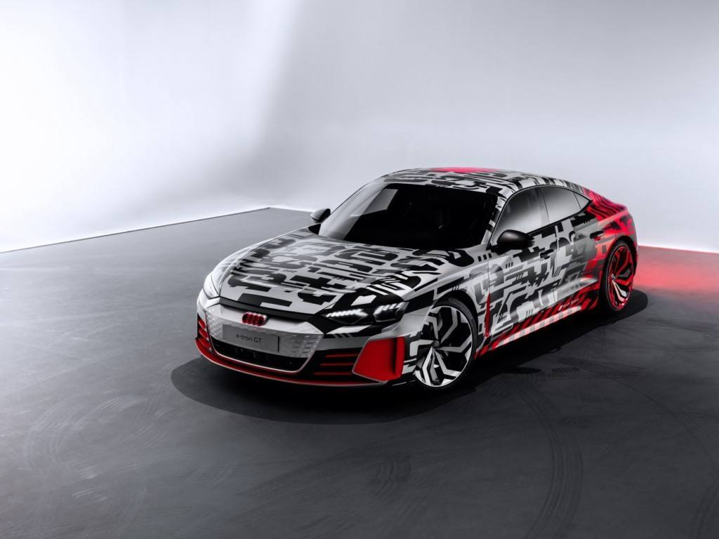 Audi Destapa El Concept Car Del E Tron Gt Un Día Antes Del