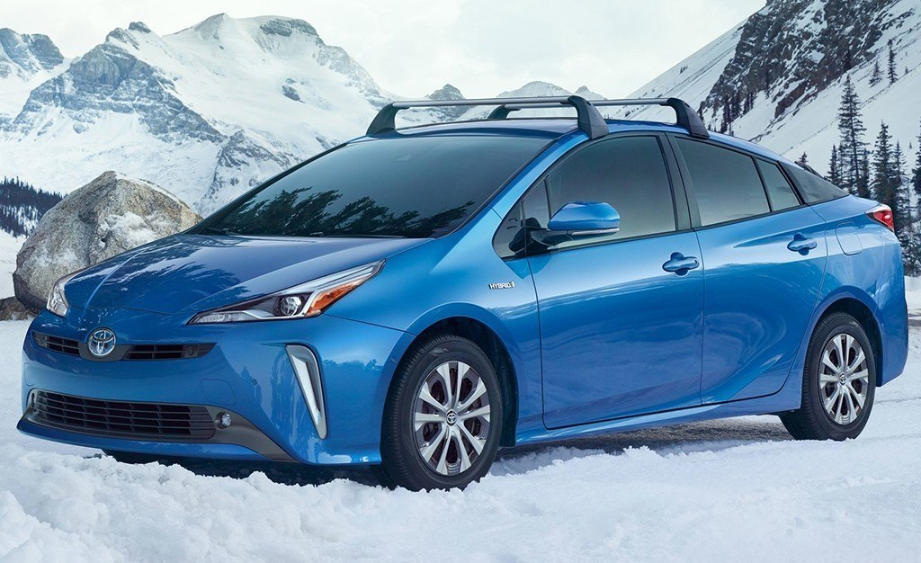Toyota prius precio