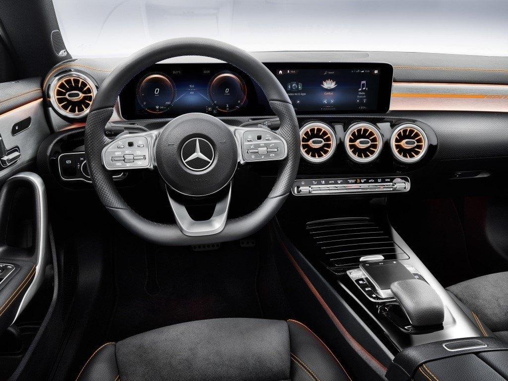 Mercedes Me abre nuevas formas de conectividad con la compra de contenidos digitales online