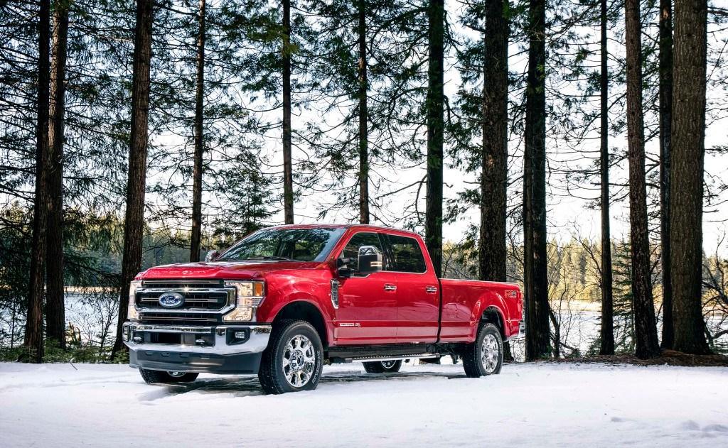 ford presenta los nuevos  series super duty  nuevo  de  litros motores